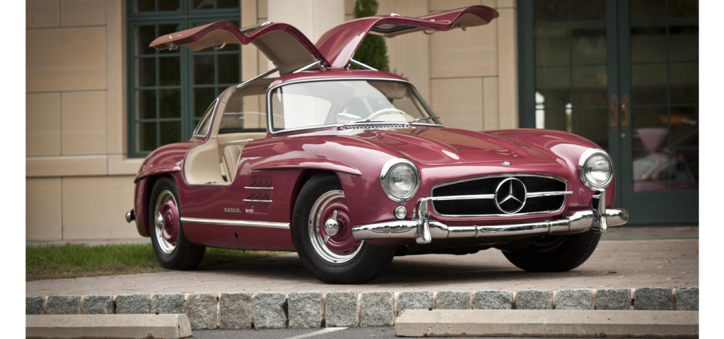 Gullwing at Bonhams Scottsdale 2013