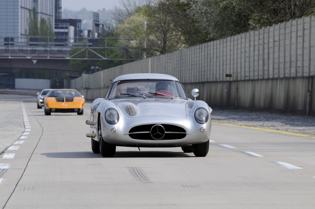 300SLR Untelhaut Coupe at Untertürkheim Test Track