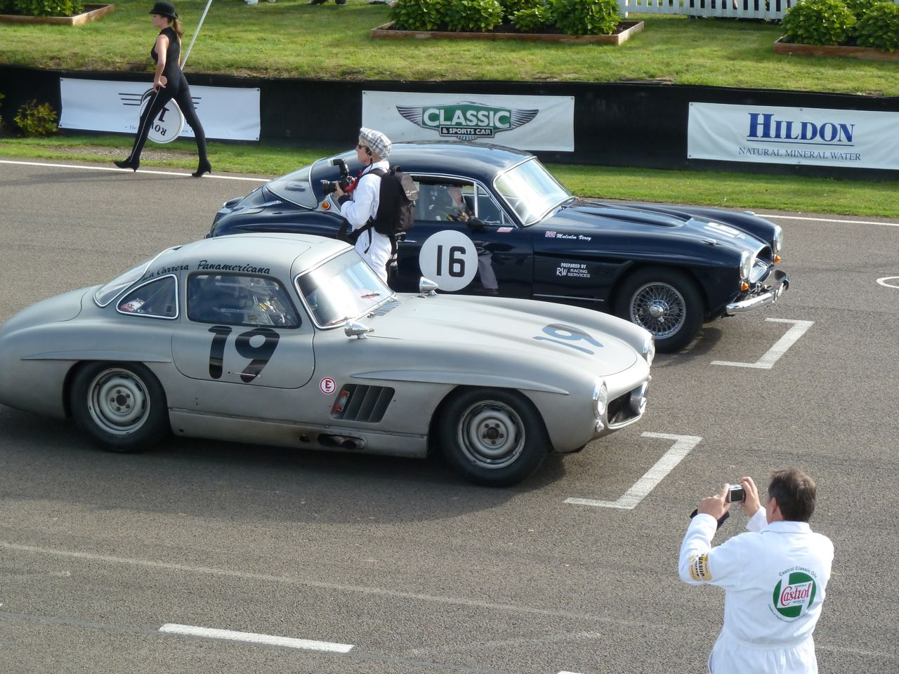 Hans Kleissl in his Gullwing