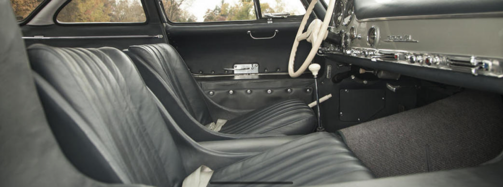 Black Gullwing interior